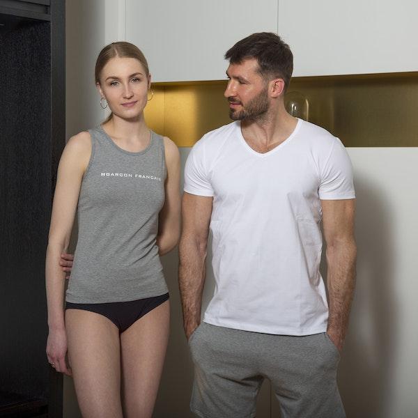White t-shirt V-neck - Essential
